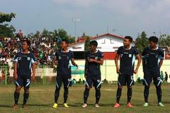 Vänlig fotbollsmatch royaltyfri bild