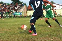 Vänlig fotbollsmatch Royaltyfri Foto
