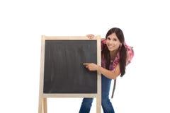vänlig hög latinamerikansk skolakvinna för utbildning Royaltyfria Bilder