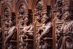 Vänliga träinristade konturer och framsidor i gamla Abbey Floref Royaltyfri Bild