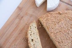Vänligt bröd för Keto med ost royaltyfri fotografi