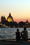 Vänner i Venedig arkivfoton