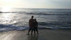 Vänner på stranden Arkivfoton