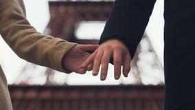 Vänner som bort tar händer och avskiljer för evigt, slut av förhållandet, skilsmässa lager videofilmer