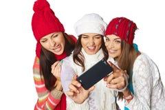 Vänner som gör selfie Royaltyfri Foto