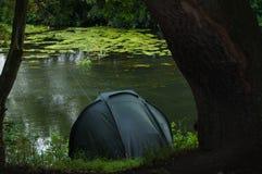 vänta för sportfiskaretuggaskydd Royaltyfri Foto