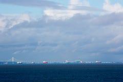 Vänta för tankfartyg Royaltyfria Bilder