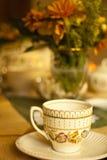 vänta för tea arkivfoto