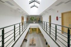 Väntande område för offentlig byggnad E inget arkivbild