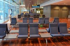 Väntande område för tom flygplats royaltyfri fotografi