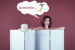 Väntande på sommar för härlig kvinna Fotografering för Bildbyråer
