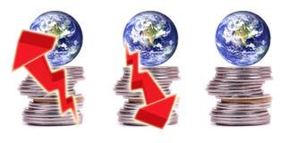 värld för ekonomifinanspengar Arkivfoto