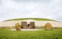 värld för unesco för arvireland newgrange royaltyfri fotografi