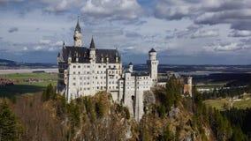 Världar mest berömd slottneuschwanstein bavaria royaltyfria foton