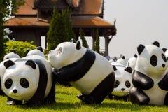 Världen för 1600 pandor turnerar Arkivfoto