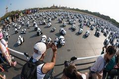 Världen för 1600 pandor turnerar i Bangkok, Thailand Royaltyfria Foton