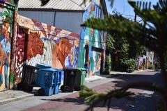 Världen för San Francisco ` s kände igen Balmy grändväggmålningar, 36 arkivbild