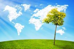 Världen fördunklar trädlandskap royaltyfri bild