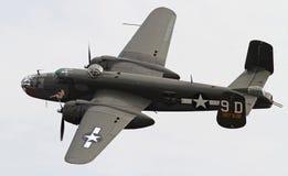 Världen kriger bombplanen för II B-25 Mitchell royaltyfri fotografi
