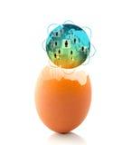 världsaffärsidé med ett glödande globalt ägg royaltyfria bilder