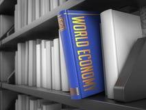 Världsekonomi - titel av boken Royaltyfri Bild