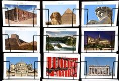 Världsgränsmärkecollage i vykortställningsformat royaltyfri bild