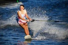 Världsvatten Ski Show Tournament - Huntsville, Ontario, Kanada på September 8, 2018 fotografering för bildbyråer