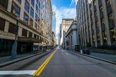 Värme den molniga dagen i i stadens centrum Pittsburgh, Pennsylvania Royaltyfri Foto