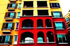 Värme färg som bygger skottet för den låga vinkeln Fotografering för Bildbyråer