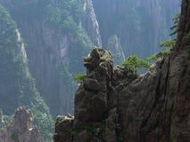 Västra havsdal, gult berg, Kina Royaltyfri Fotografi