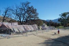 Västra stad för Paramount ranch som förstörs av löpelden arkivbild