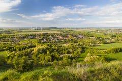Västra - tyskt landskap för vindenergi Arkivfoto