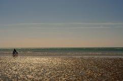 Västra Wittering strand och hav Arkivfoton