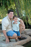 Väter und Söhne Stockfotos