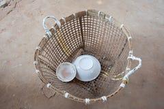 vävd bambukorg Fotografering för Bildbyråer