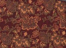Vävd halsduk som göras av ull och guld Arkivbild