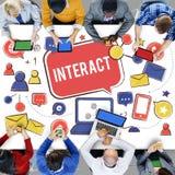 Växelverkande meddela förbinder Conc social nätverkande för socialt massmedia fotografering för bildbyråer