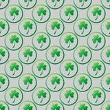Växt av släktet Trifolium lämnar i cirkelram Sömlös modell för St Patrick s dag vektor illustrationer
