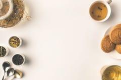 växt- tea för kakor arkivfoto