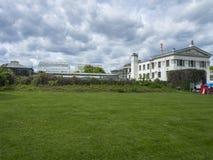 Växthus landskap, gräsmatta Arkivfoto