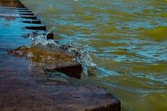 Våg från Lake Michigan royaltyfri bild