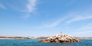Vågbrytare för den Puerto San Jose Del Cabo hamnen/marina i Baja Mexico Arkivbilder