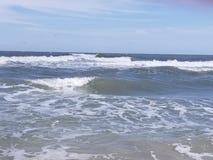 Vågor i havet Arkivbild