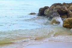 Vågor som bryter på Palm Beach i Florida Royaltyfria Foton