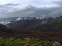 Vår i de Crimean bergen Arkivbild