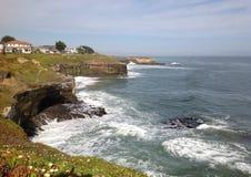 Vår på kusten av Atlanticet Ocean Royaltyfria Bilder
