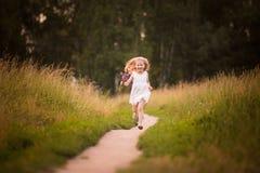 Vår-sommar flicka 5 Arkivbild