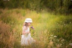 Vår-sommar flicka 6 Arkivbild