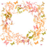 Vårbakgrund, fastställd krans för färgrika fjärilar Fotografering för Bildbyråer