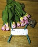 Vårbukett av tulpanfotoet Arkivfoto